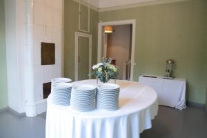 Häät, kattaus ja vuokrattava juhlatila Villa Furuvik kartano